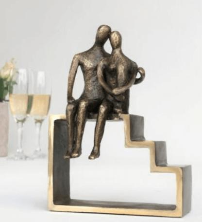Gave til kæresten » romantisk skulptur til kæresteparret gave