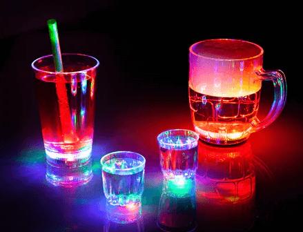 Gaver til 50 kr » blinkende partyglas gave til 50kr