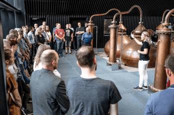 Julegaver » Rundvisning hos Stauning Whisky julegave