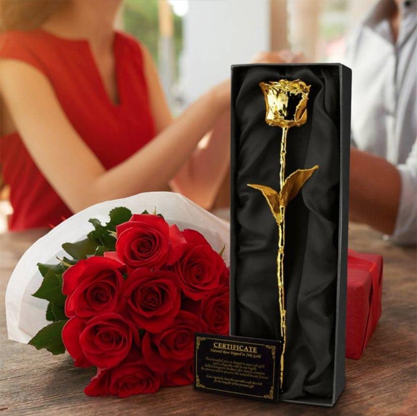 Gave til hende der har alt » 24K Guld Rose I Sort Aeske