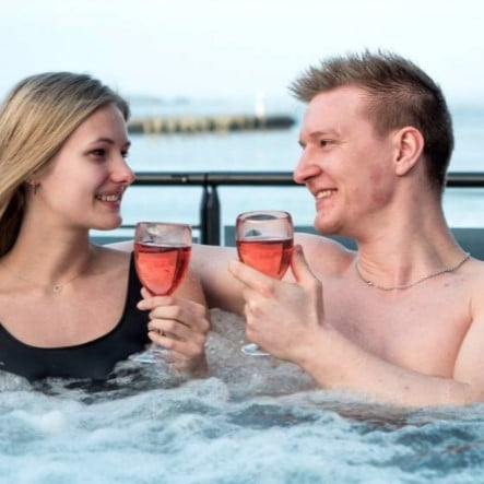 Gave til søster » Spadag for to med vin tapas hos Kurbad Limfjorden