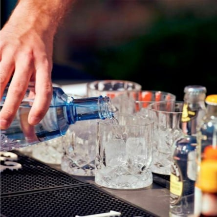 Ginsmagning » Ginsmagning hos Trekantens Bartender