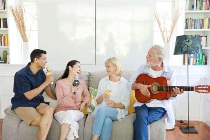 sjove sange til 50 års